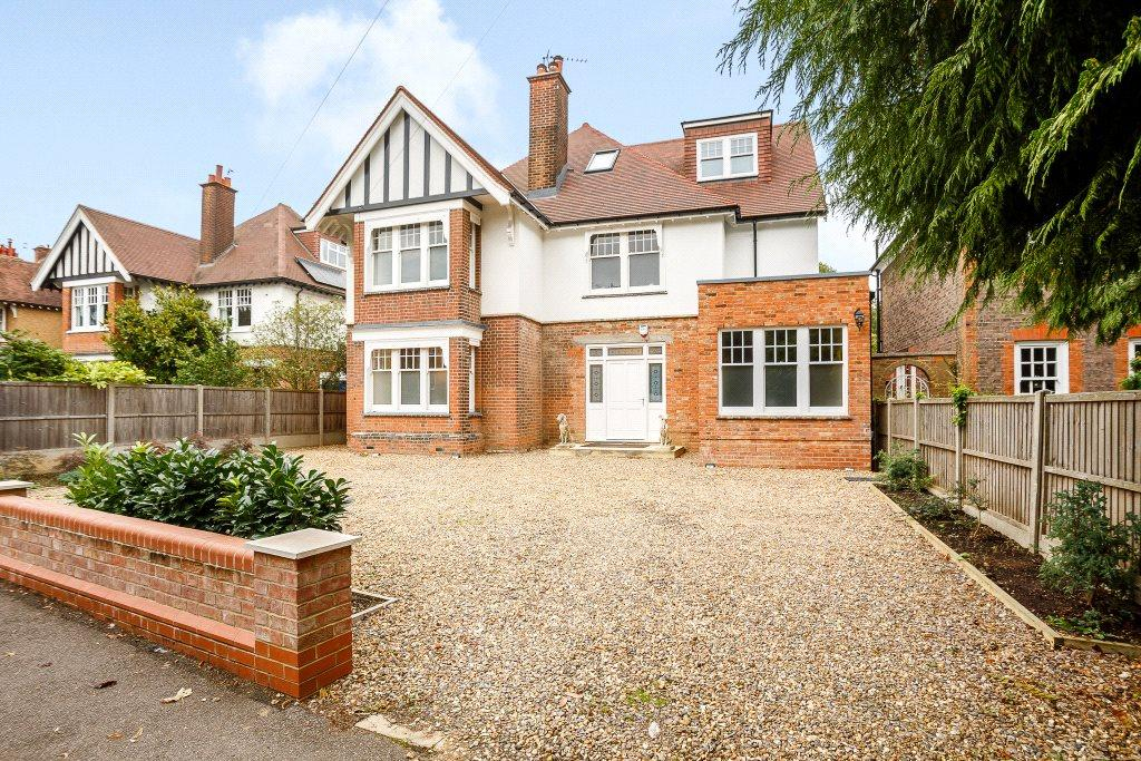 5 Bedrooms Detached House for sale in Clarence Road, St. Albans, Hertfordshire
