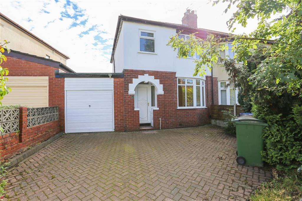 3 Bedrooms Semi Detached House for sale in The Crescent, Bredbury, Cheshire