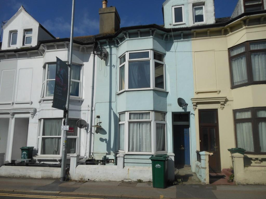 3 Bedrooms Maisonette Flat for sale in Viaduct Road, Brighton