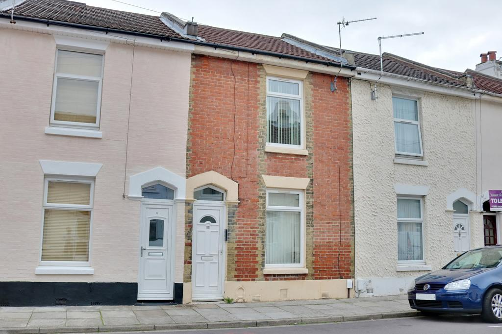 3 Bedrooms Terraced House for sale in Beatrice Road, Southsea