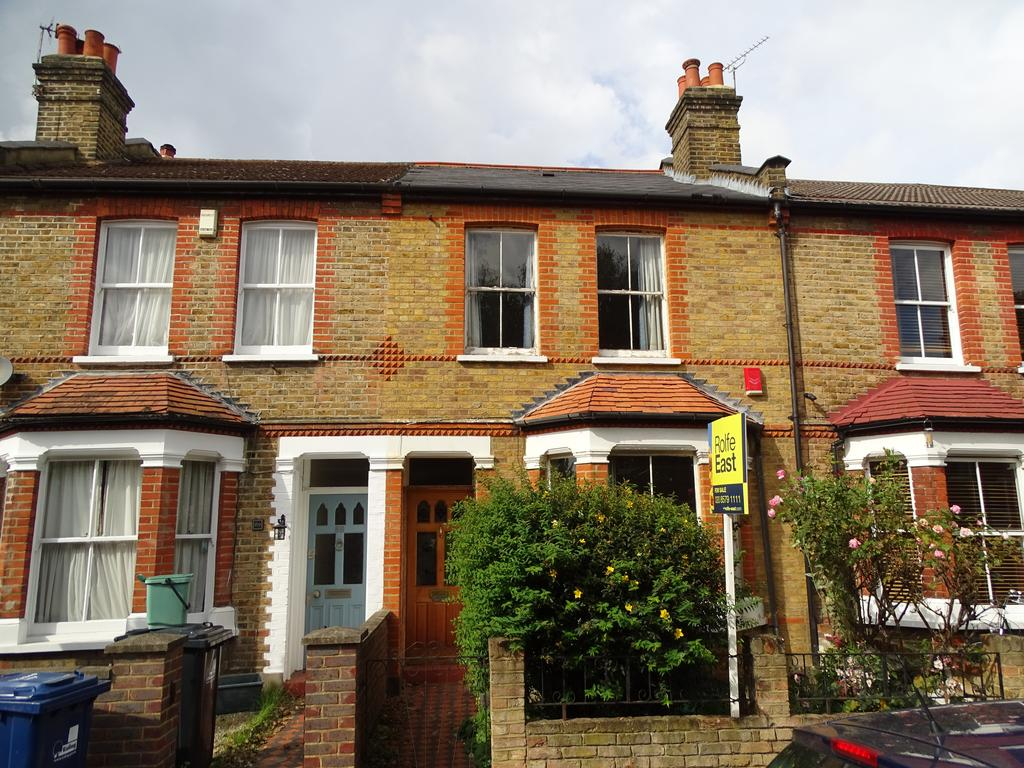 2 Bedrooms House for sale in Hessel Road, Ealing
