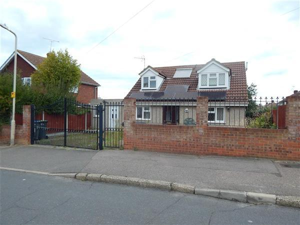 3 Bedrooms Detached House for sale in Saddleton Road, Whitstable