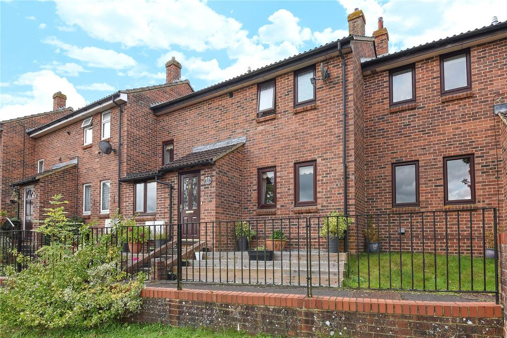 3 Bedrooms Terraced House for sale in Newby Acre, Marlborough, Wiltshire