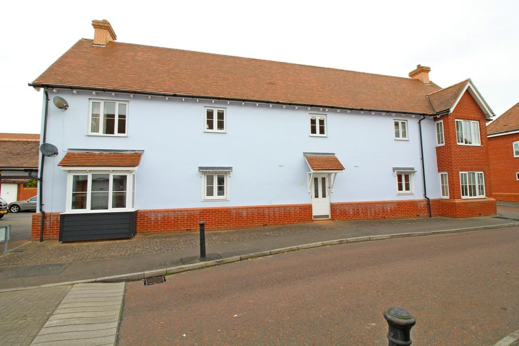 2 Bedrooms Ground Flat for sale in Oxton Close, Rowhedge, Colchester, Essex, CO5