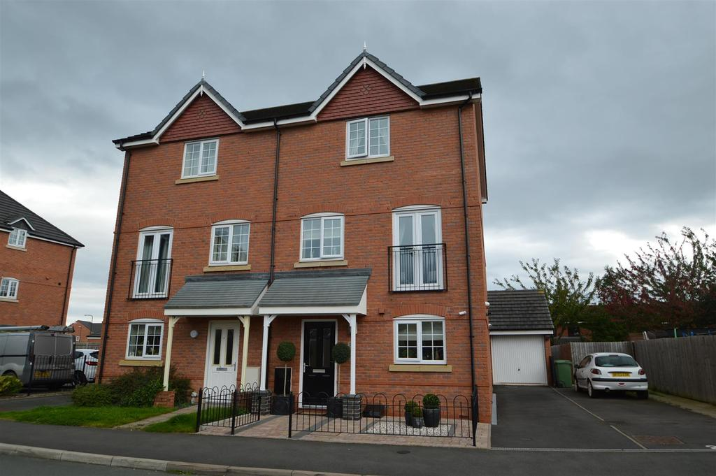4 Bedrooms Semi Detached House for sale in 23 Poplar Close, Shrewsbury, SY1 2UU