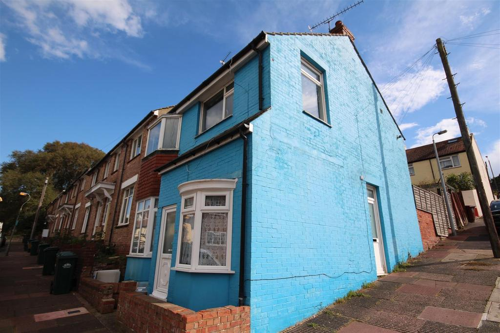 3 Bedrooms End Of Terrace House for sale in May Road, Elm Grove, Brighton