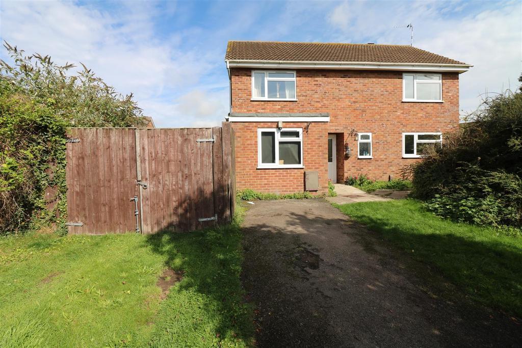 4 Bedrooms Detached House for sale in Oakwood Grove, Warwick