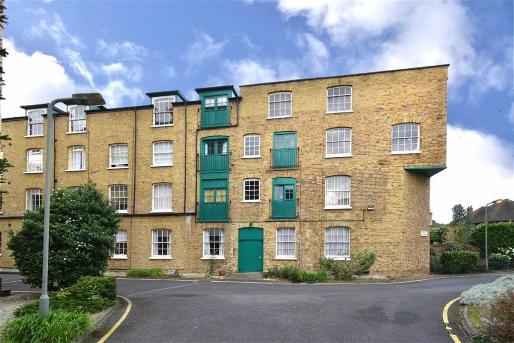 1 Bedroom Flat for sale in Park Road, Bromley, Kent
