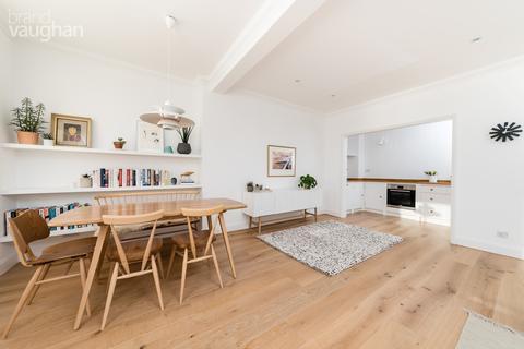 2 bedroom flat to rent - Neville House, 164-165 Marine Parade, Brighton, BN2