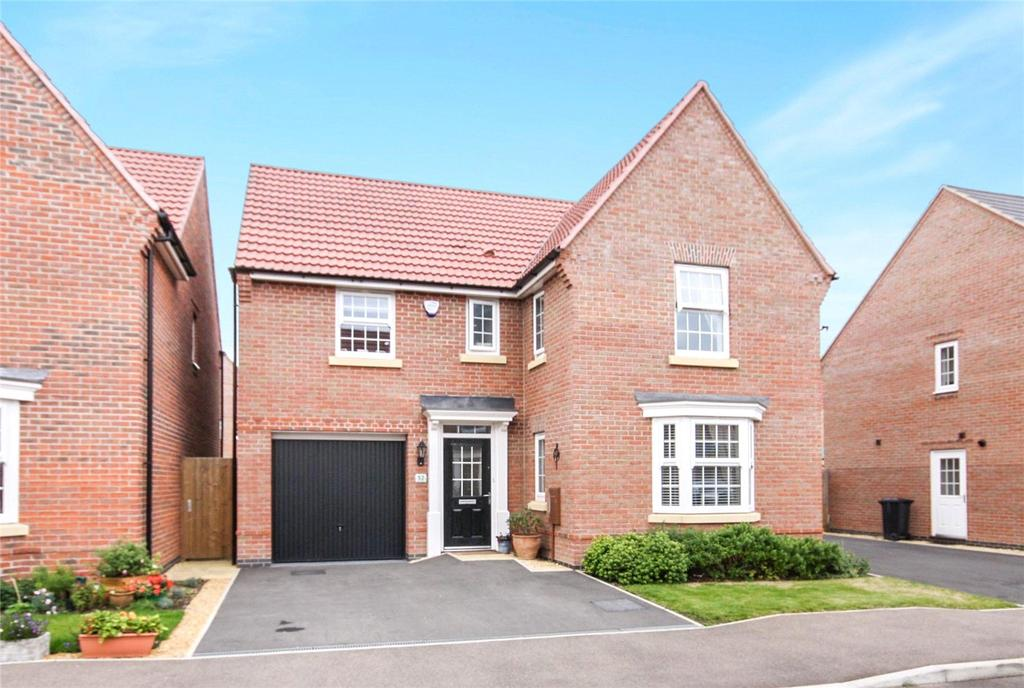 4 Bedrooms Detached House for sale in Livia Avenue, North Hykeham, Lincoln, Lincolnshire, LN6