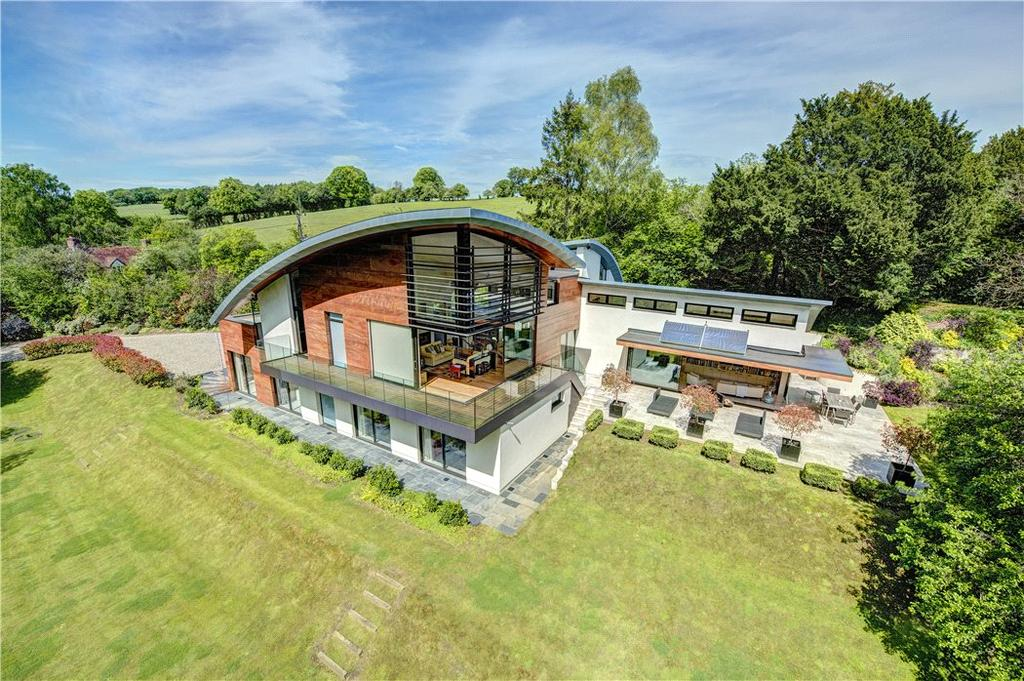 5 Bedrooms Detached House for sale in Newnham Hill, Henley-on-Thames, RG9