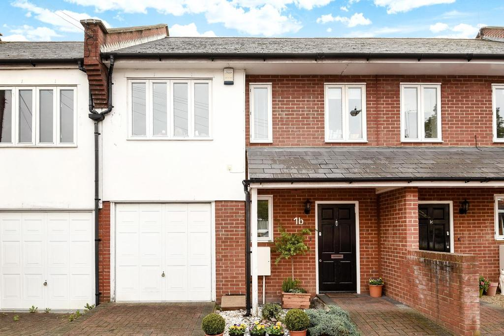3 Bedrooms Terraced House for sale in Derby Avenue, North Finchley