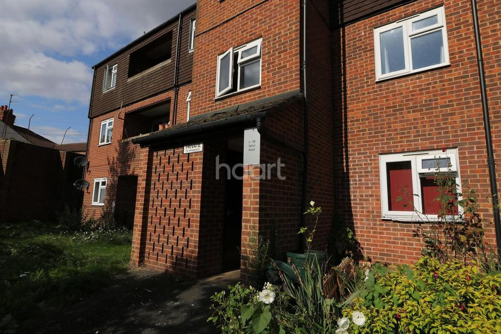 2 Bedrooms Flat for sale in Talbot Road,Northampton