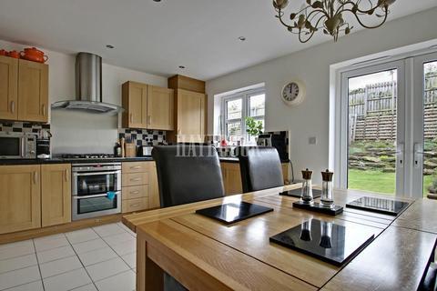 4 bedroom terraced house for sale - Myrtle Crescent, Heeley Top, Sheffield