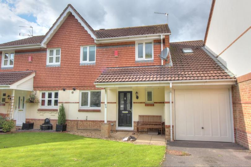 3 Bedrooms Terraced House for sale in Pantheon Road, Scantabout, Chandlers Ford