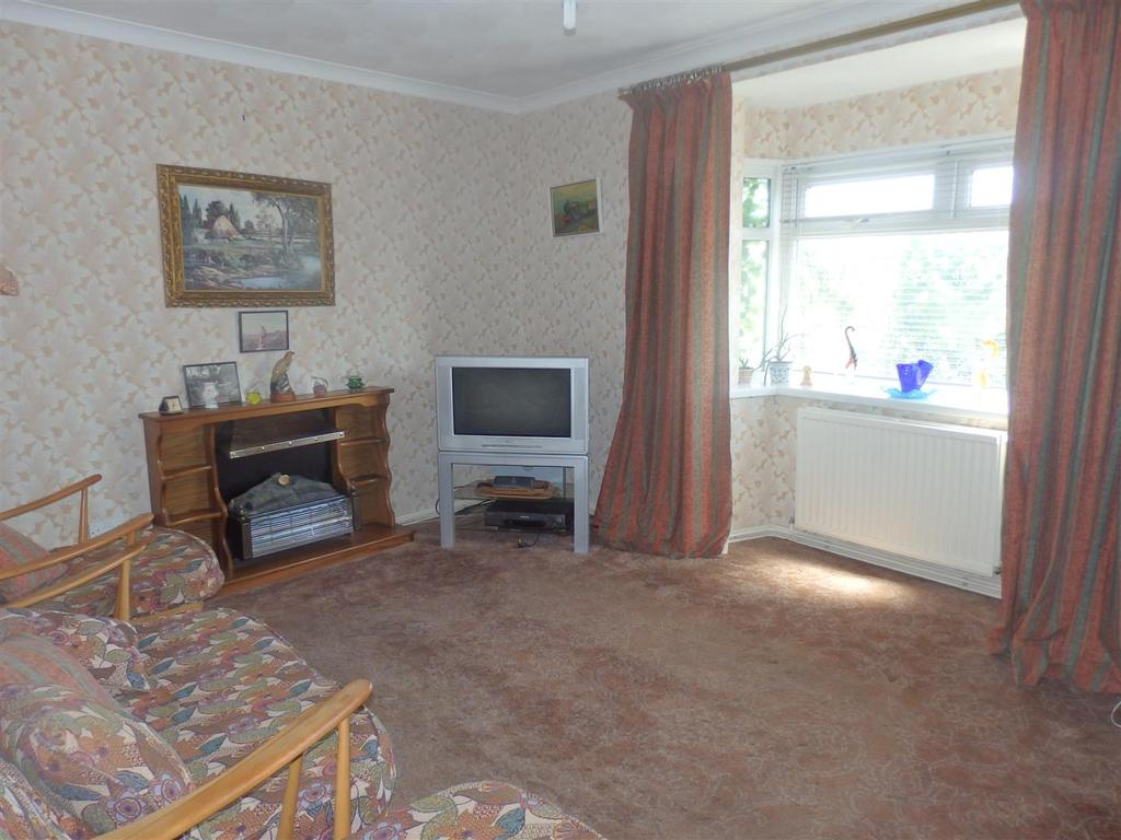 2 Bedrooms Apartment Flat for sale in Princess Court, Llanelli