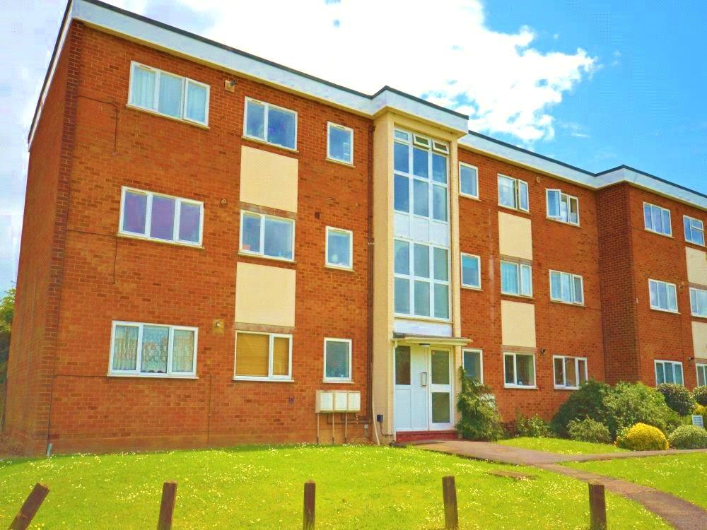 2 Bedrooms Apartment Flat for sale in Buttermere Place, Linden Lea, Garston, Hertfordshire, WD25