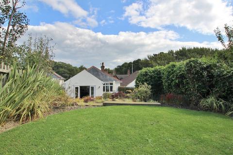 2 bedroom detached bungalow for sale - Ringwood Road, Oakdale, POOLE, Dorset