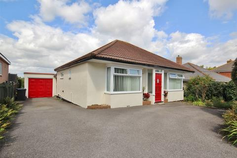 3 bedroom detached bungalow for sale - St Marys Road, Heckford Park, POOLE, Dorset
