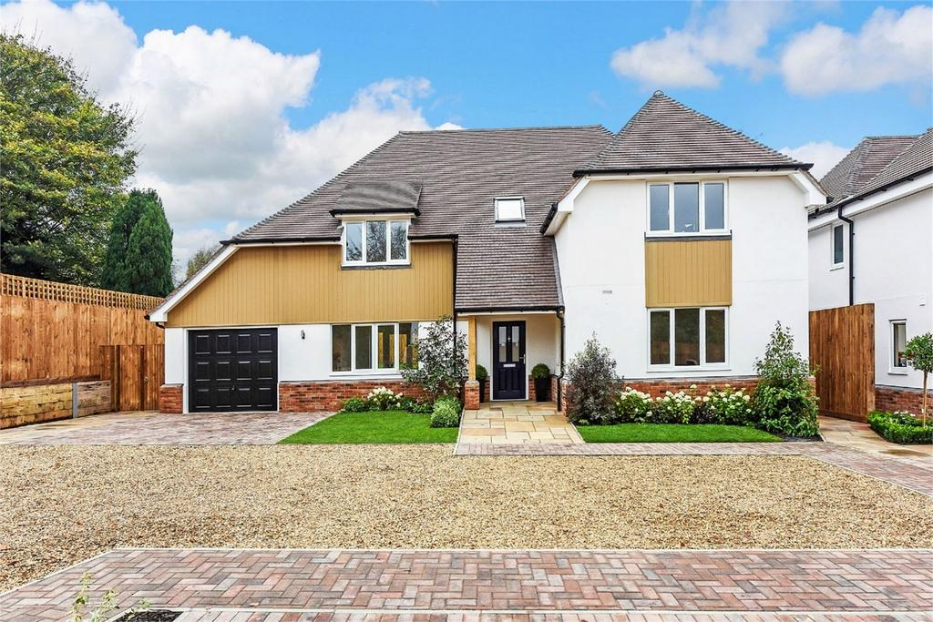 4 Bedrooms Detached House for sale in Winchester Way, Four Marks, Alton, Hampshire