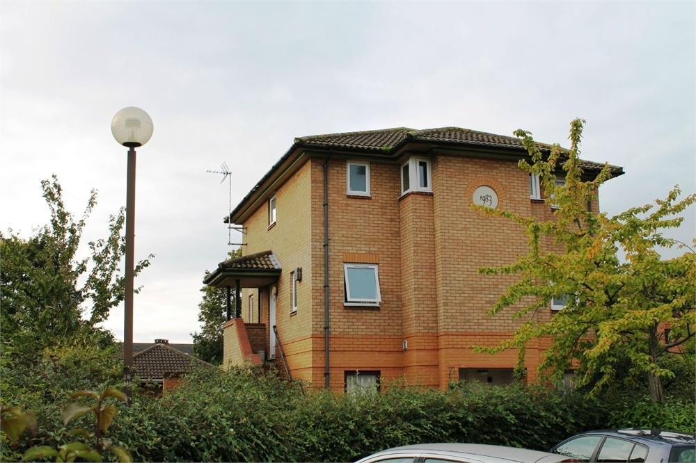 2 Bedrooms Maisonette Flat for sale in Blakelands, MILTON KEYNES, Buckinghamshire