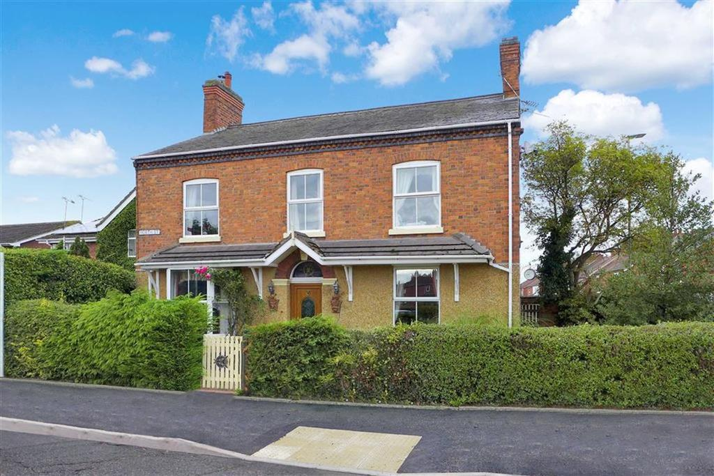 4 Bedrooms Detached House for sale in North Street, Crewe