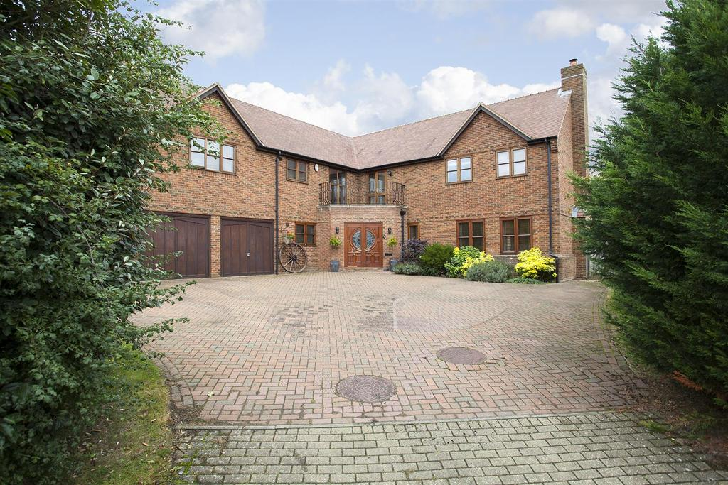 5 Bedrooms Detached House for sale in Alpine Croft, Shenley Brook End, Milton Keynes