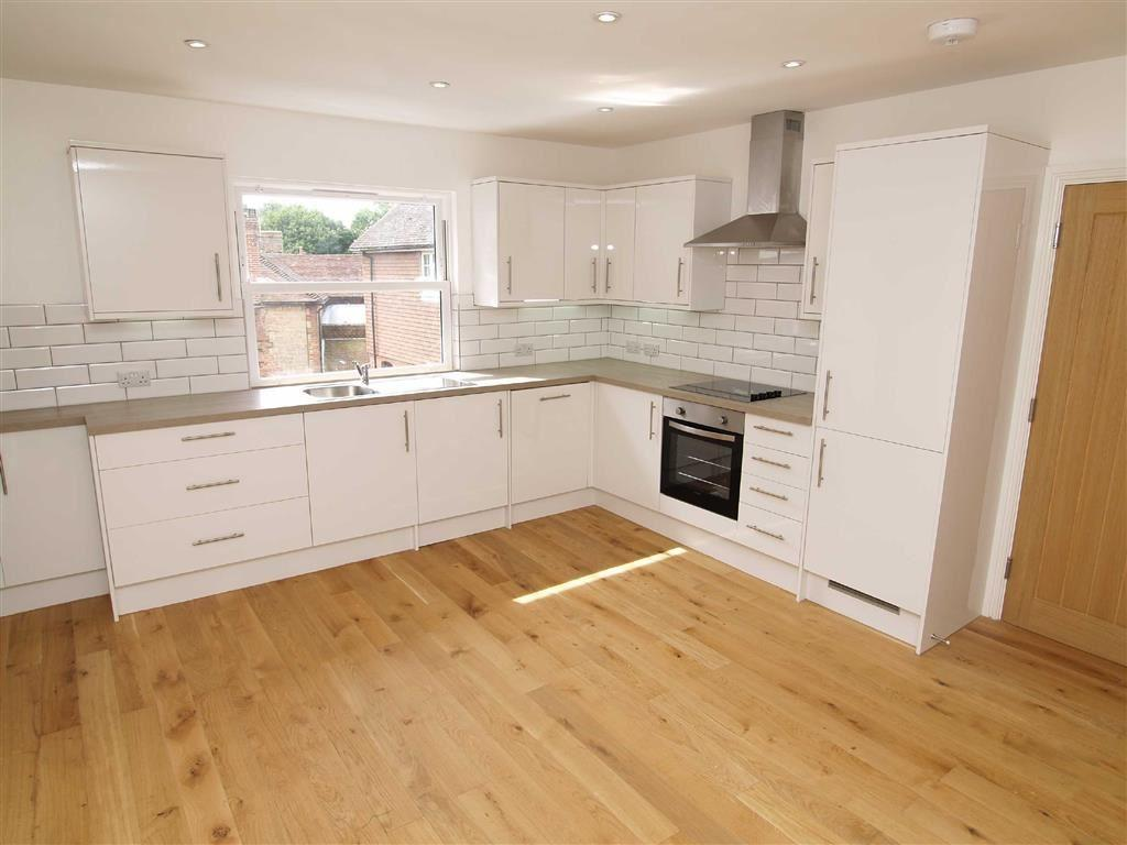 2 Bedrooms Flat for sale in Northchapel Country Stores, Northchapel, West Sussex, GU28