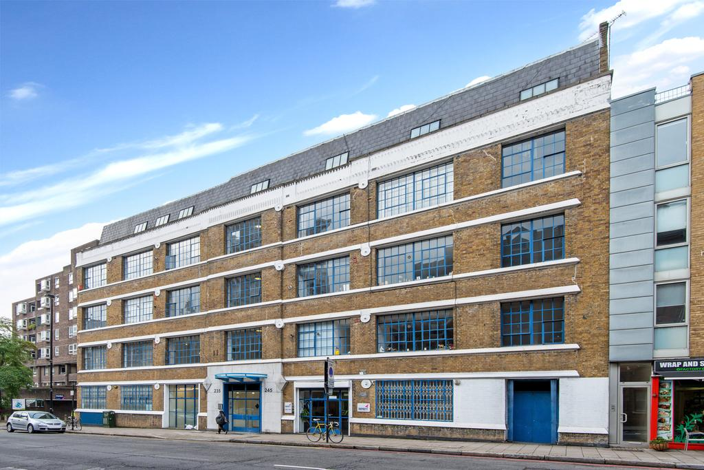 2 Bedrooms Apartment Flat for sale in Goswell Road, Islington, London EC1V
