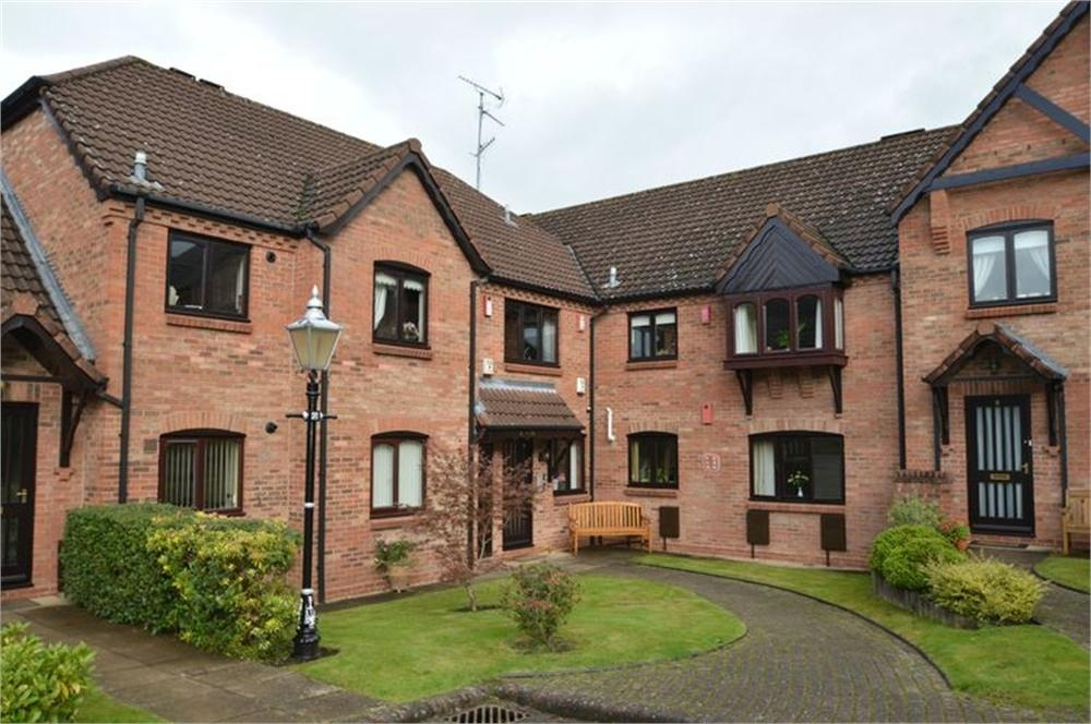 1 Bedroom Flat for sale in Woodfield, Nash Lane, Belbroughton, Stourbridge, Worcestershire