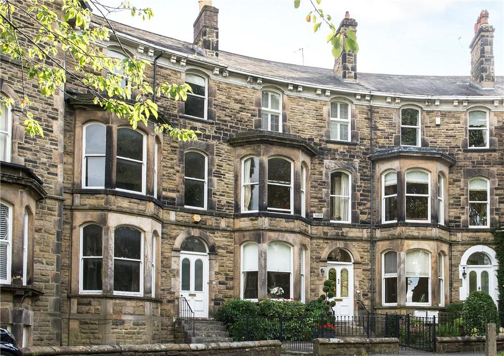5 Bedrooms Terraced House for sale in Royal Crescent, Harrogate, North Yorkshire, HG2