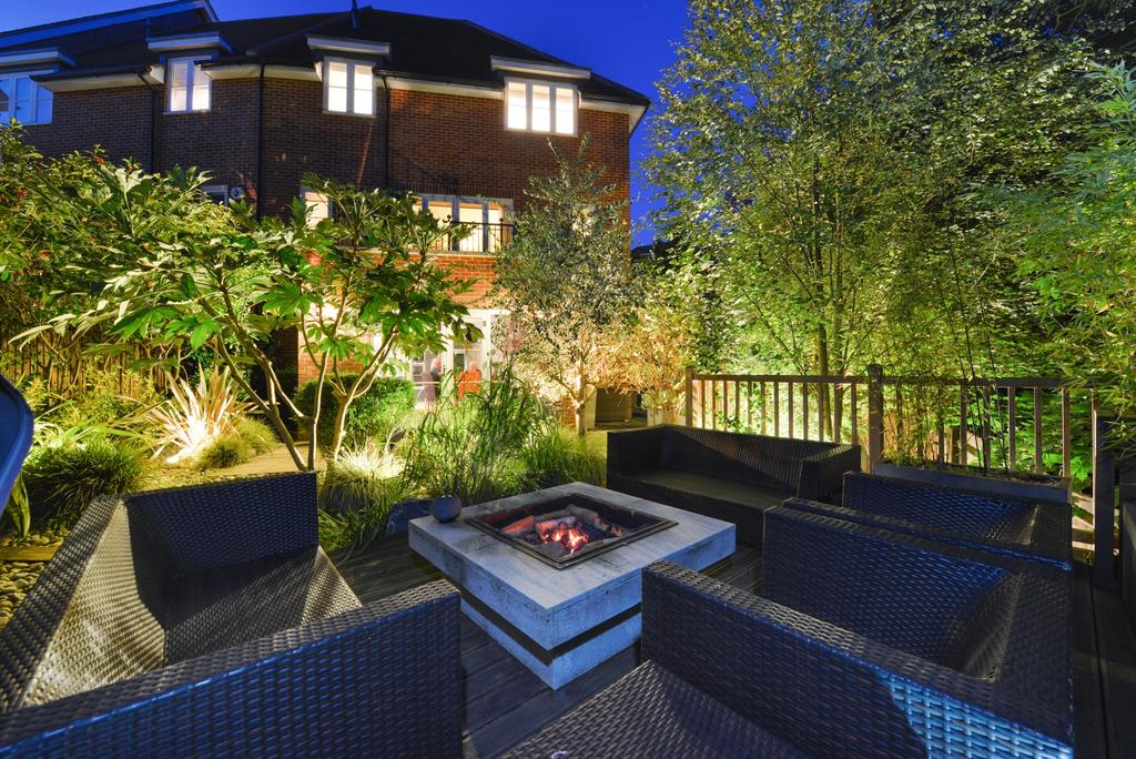 4 Bedrooms Town House for sale in Newton Park Place BR7