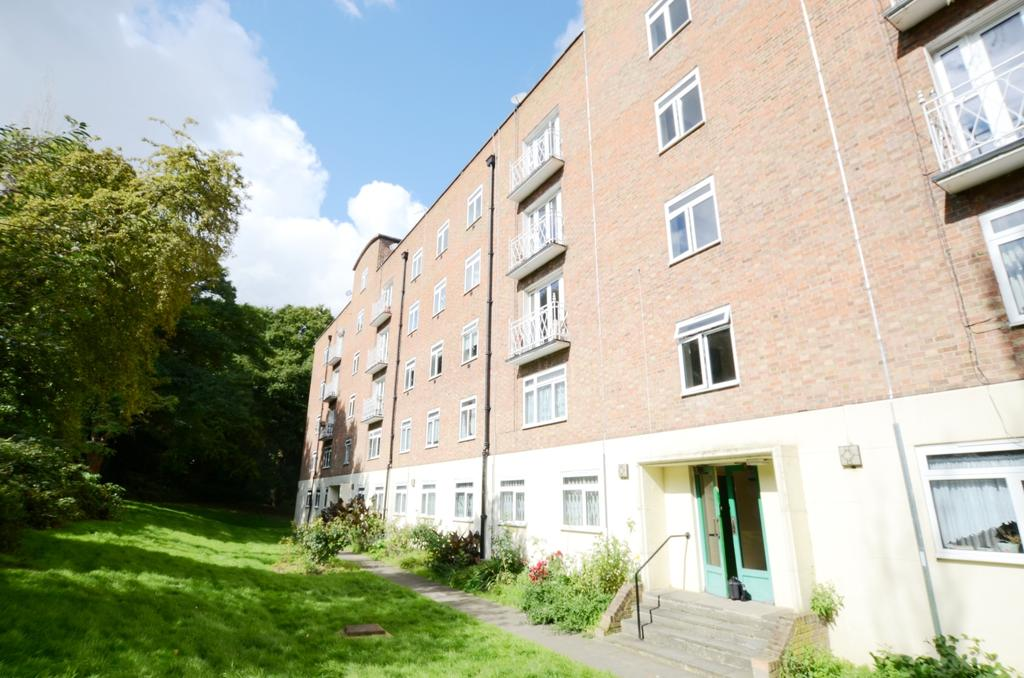 3 Bedrooms Flat for sale in Sydenham Hill, Forest Hill SE23