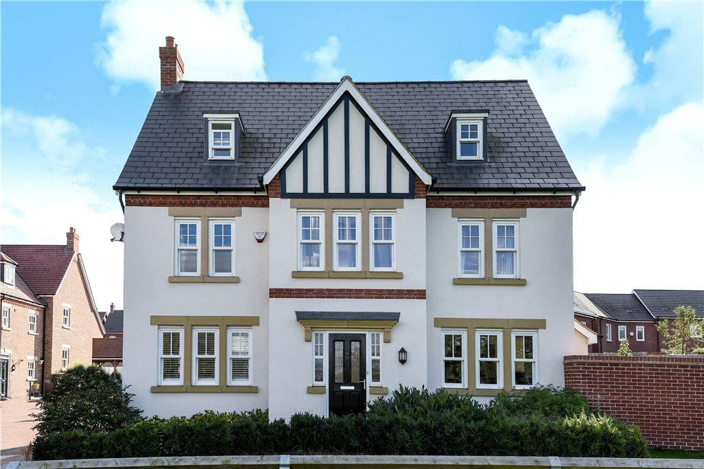 5 Bedrooms Detached House for sale in Crowsley Road, Kempston, Bedfordshire