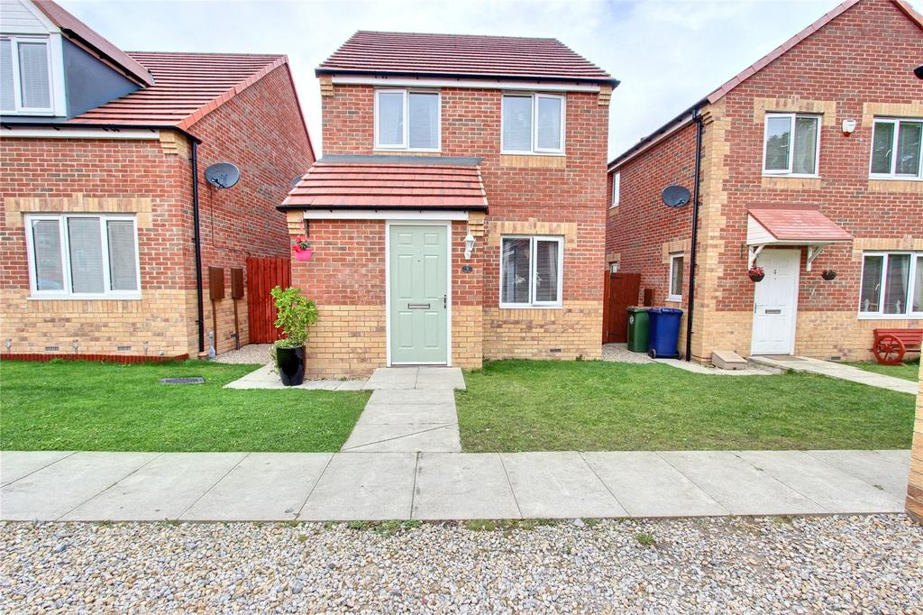 3 Bedrooms Detached House for sale in Poppy Close, Ormesby