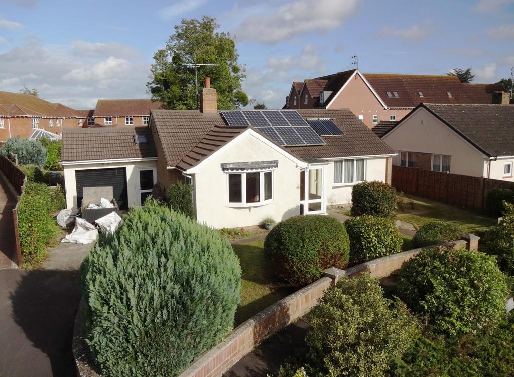 2 Bedrooms Bungalow for sale in Glenwood Gardens, Taunton