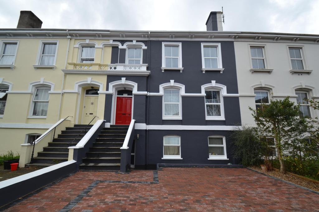 2 Bedrooms Flat for sale in Portland Villas, Victoria Road