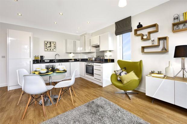 2 Bedrooms Apartment Flat for sale in Trumpington Meadows, Hauxton Road, Trumpington, Cambridge