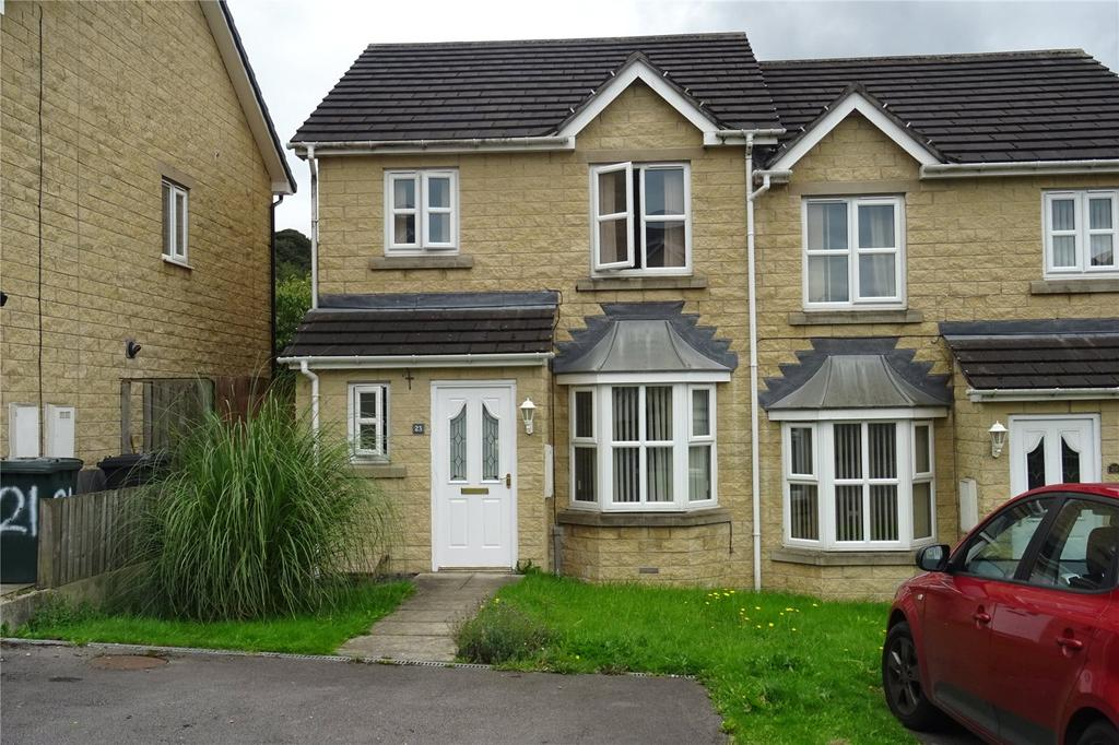 3 Bedrooms Semi Detached House for sale in Mires Beck Close, Windhill, Shipley, West Yorkshire, BD18