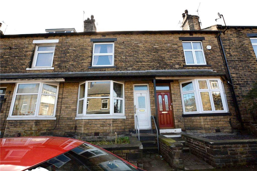 3 Bedrooms Terraced House for sale in Pembroke Road, Pudsey, West Yorkshire