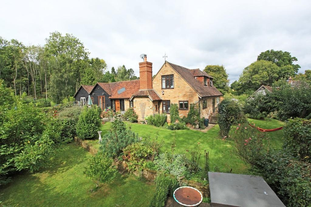 4 Bedrooms Link Detached House for sale in Cowden, Kent
