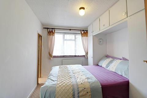 2 bedroom maisonette for sale - Southall