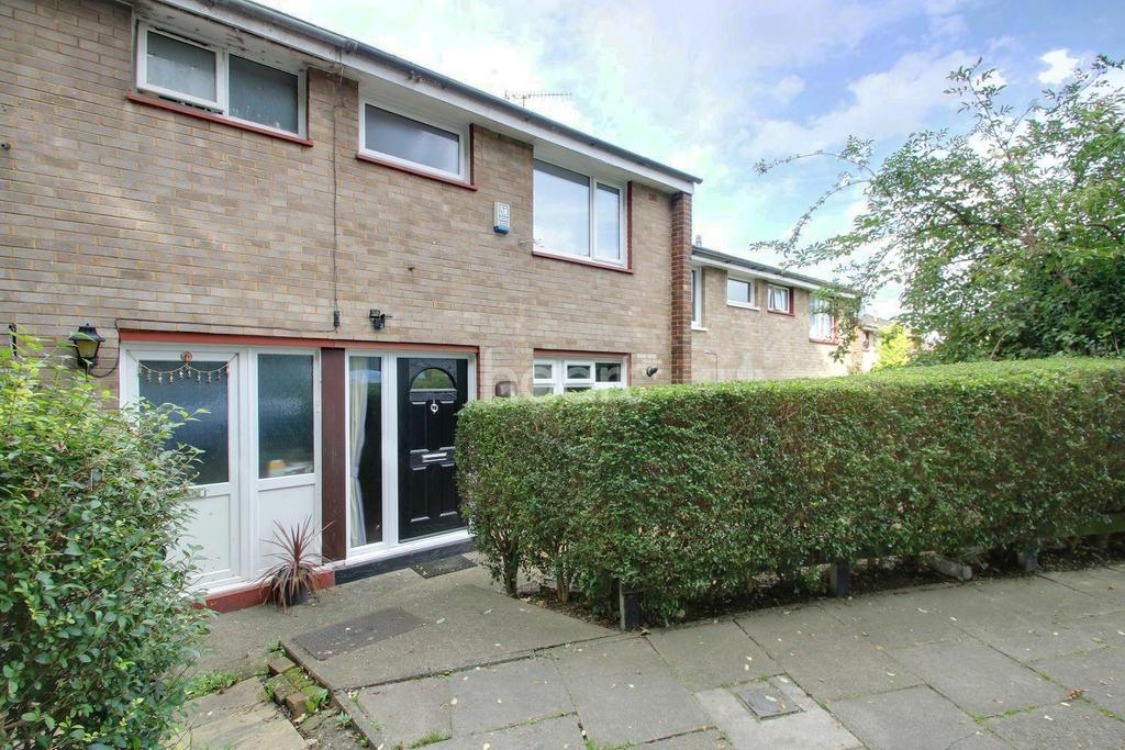3 Bedrooms Terraced House for sale in Fort Pitt Street, Chatham