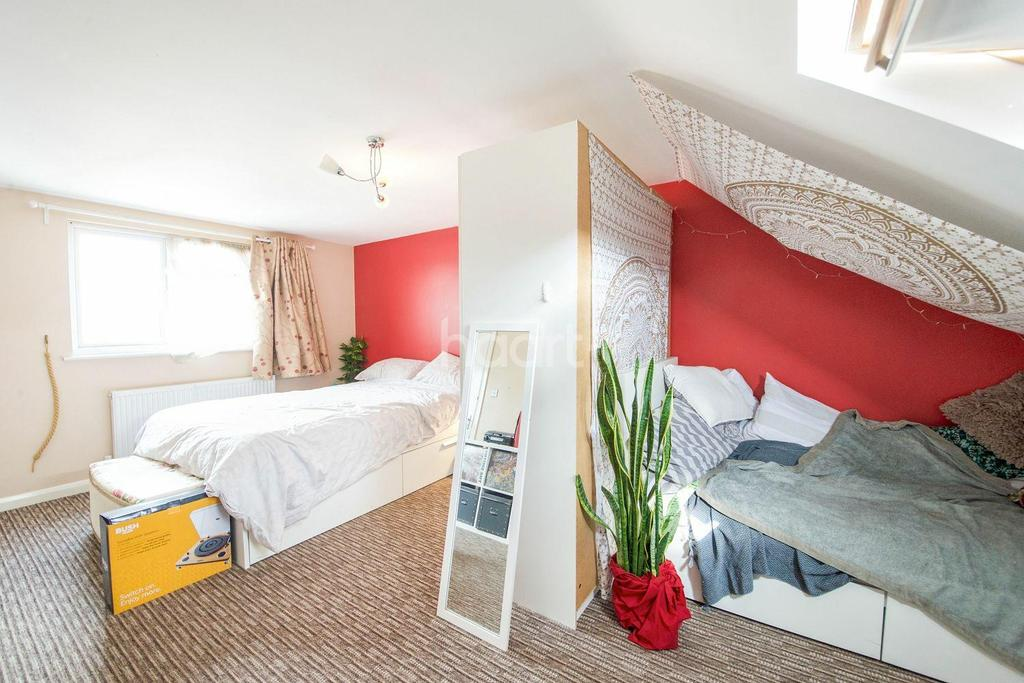 4 Bedrooms End Of Terrace House for sale in Avondale Avenue, NW2