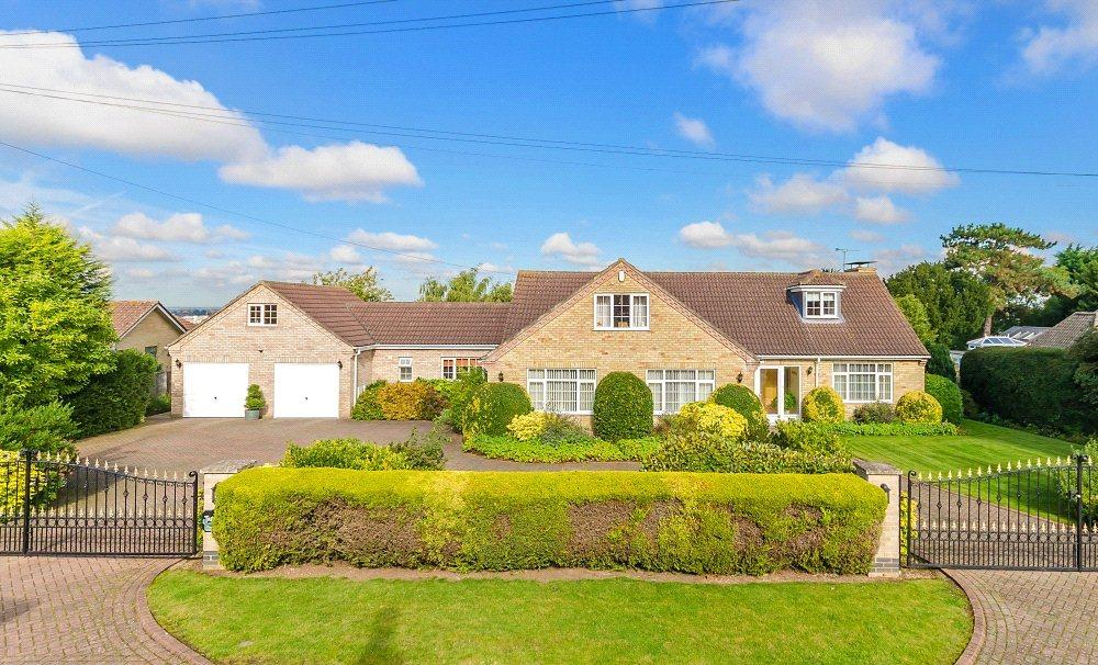 5 Bedrooms Detached House for sale in Hall Drive, Canwick, Lincoln, Lincolnshire, LN4