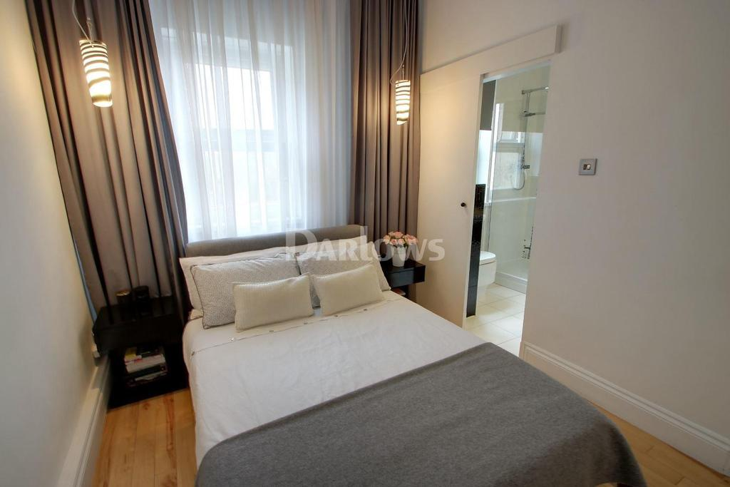 1 Bedroom Flat for sale in Metal Street, Cardiff