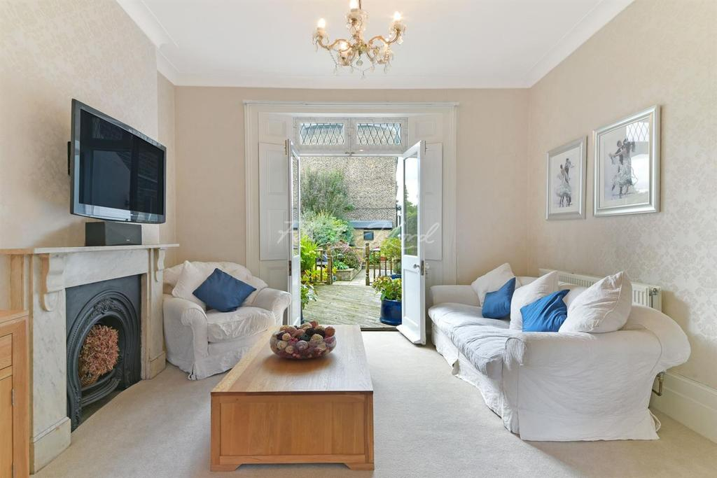 4 Bedrooms End Of Terrace House for sale in Greenwood Road, Hackney, E8