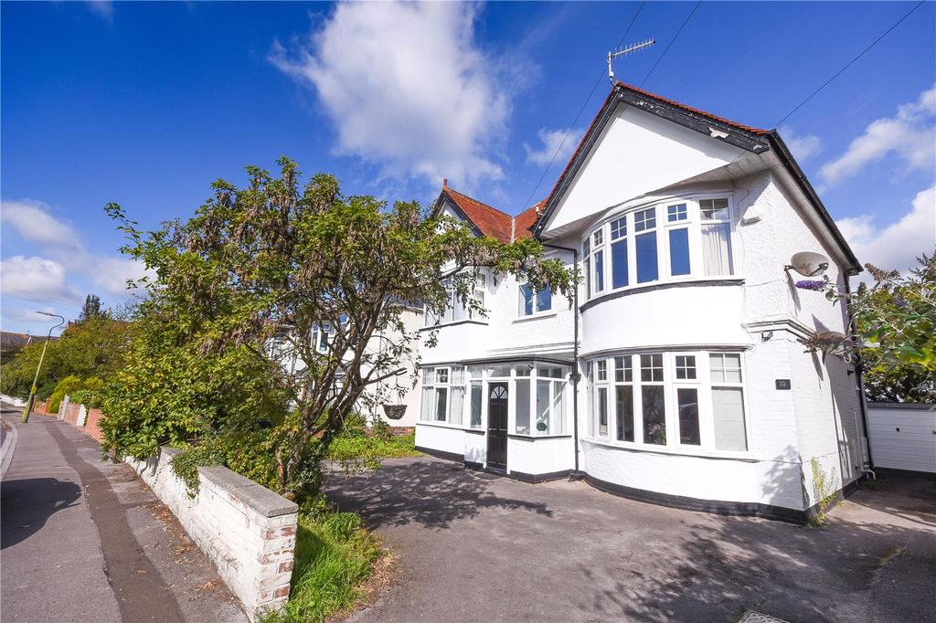 4 Bedrooms Maisonette Flat for sale in Guildhill Road, Bournemouth, Dorset, BH6