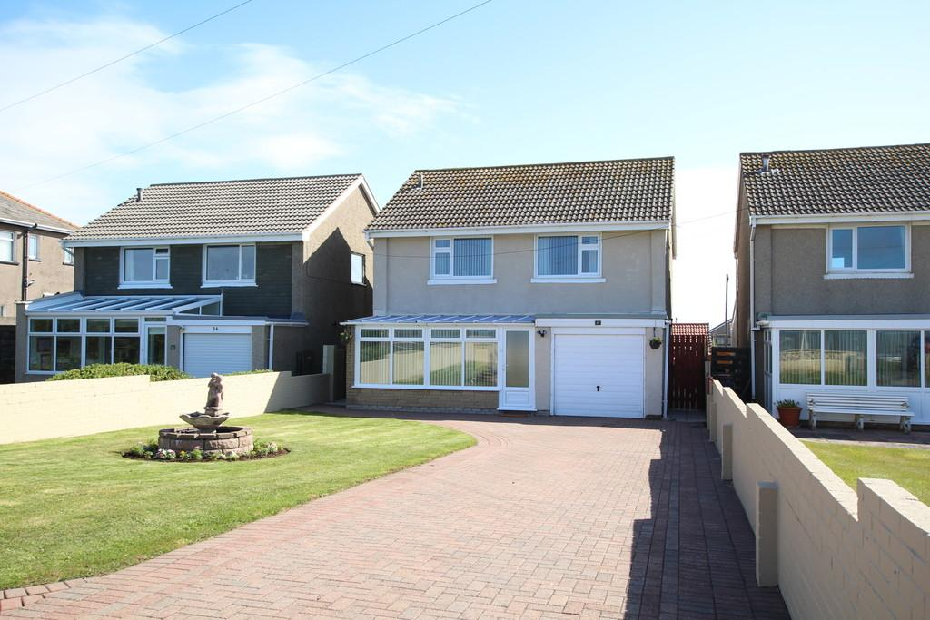 4 Bedrooms Detached House for sale in Biggar Bank Road, Walney, Barrow-In-Furness