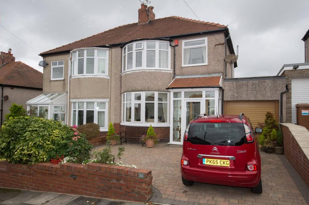 3 Bedrooms Semi Detached House for sale in Lyndale Avenue, Barrow-In-Furness